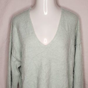 Free People Size M Crop Sweater V-neck Long Sleeve
